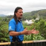 IMG 1613 150x150 Heiße Quellen, Geysire und Maori Kultur
